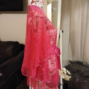 Betsy Johnson lace robe